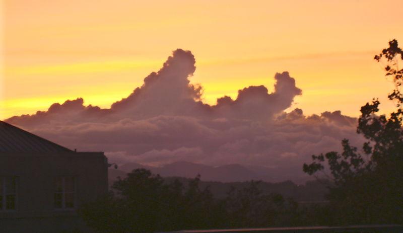 Clouds9-12-09 005